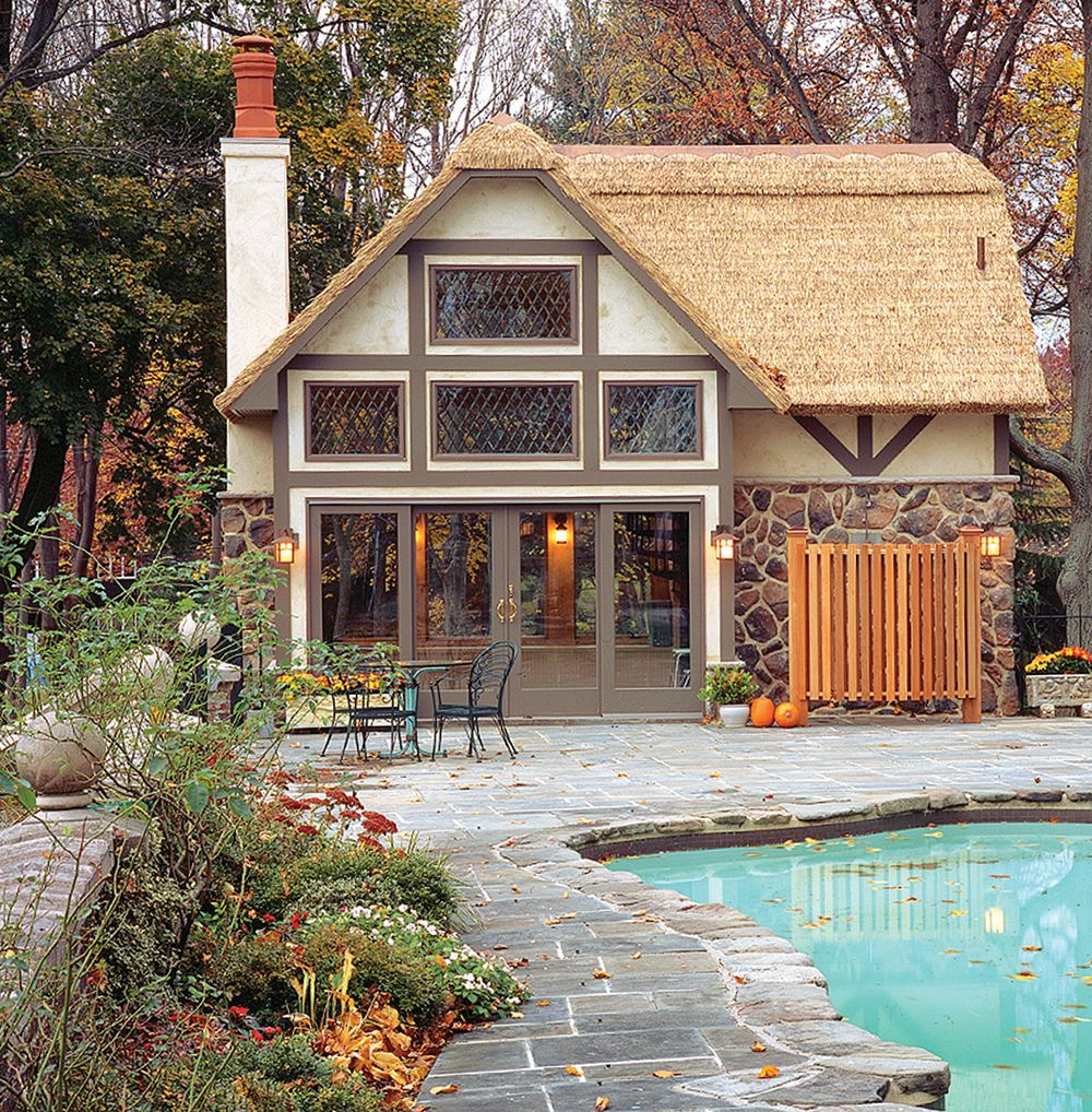 Will Phthalates Run-Off My Roof If I Use Synthetic Thatch?