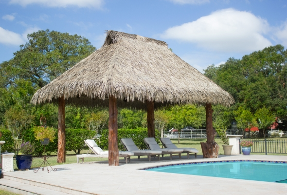 Should You Use Thatch On Accessory Structures In Wind Borne Debris Regions?