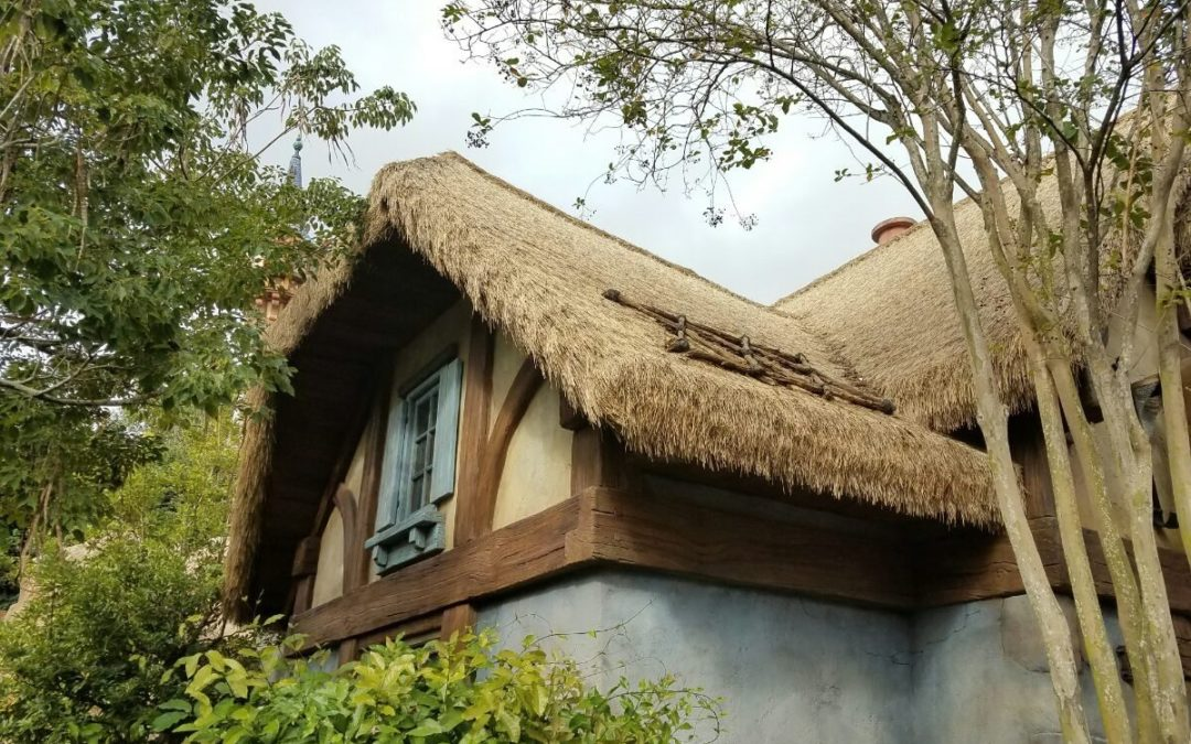 Replicate European Thatching With A Somerset Roof