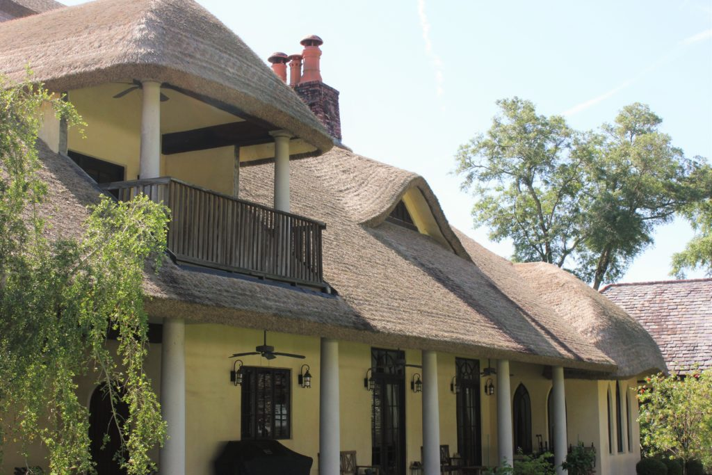 Residential house in Lake City, FL using Somerset for their thatched roof.